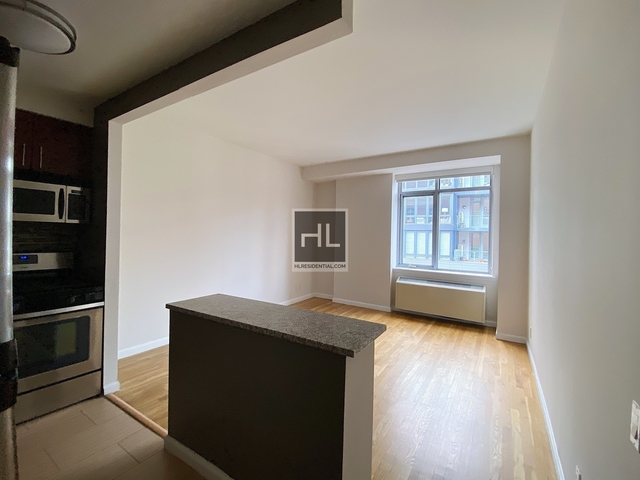 1 Bedroom, Chelsea Rental in NYC for $3,396 - Photo 2