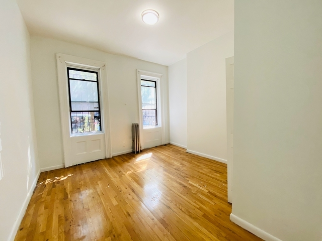 3 Bedrooms, East Williamsburg Rental in NYC for $3,599 - Photo 1