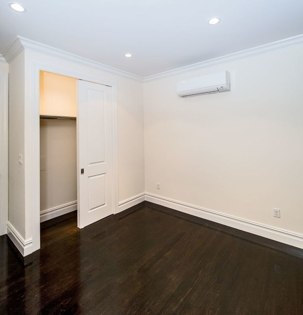3 Bedrooms, Chelsea Rental in NYC for $5,083 - Photo 2