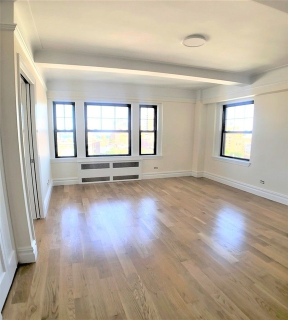1 Bedroom, West Village Rental in NYC for $5,417 - Photo 2