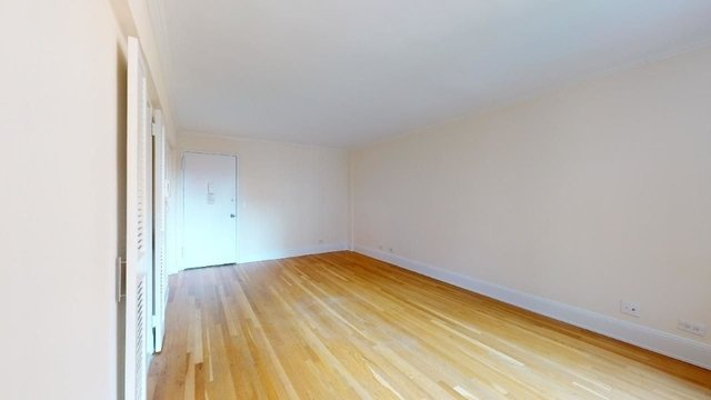 Studio, West Village Rental in NYC for $2,658 - Photo 2