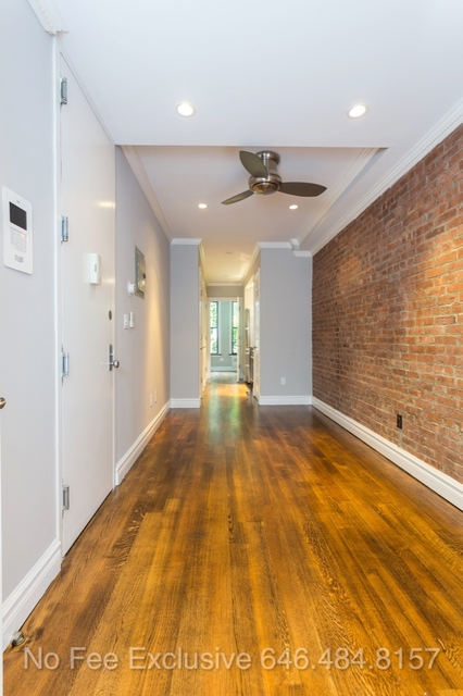 2 Bedrooms, Chelsea Rental in NYC for $3,938 - Photo 2