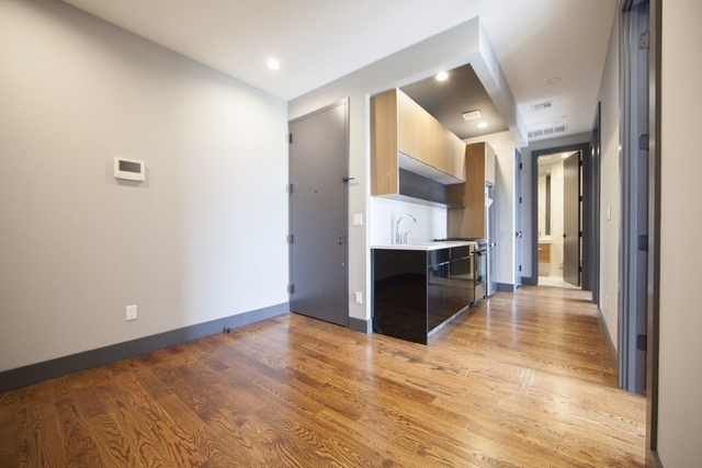 Room, Bushwick Rental in NYC for $893 - Photo 2