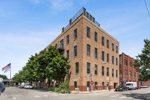 3 Bedrooms, Fulton Market Rental in Chicago, IL for $6,250 - Photo 1