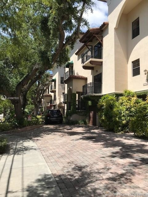 3 Bedrooms, Palm Terrace Rental in Miami, FL for $3,750 - Photo 1