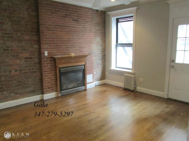 3 Bedrooms, Gramercy Park Rental in NYC for $4,529 - Photo 2