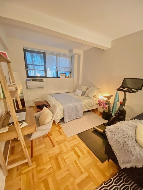 Studio, West Village Rental in NYC for $2,840 - Photo 2
