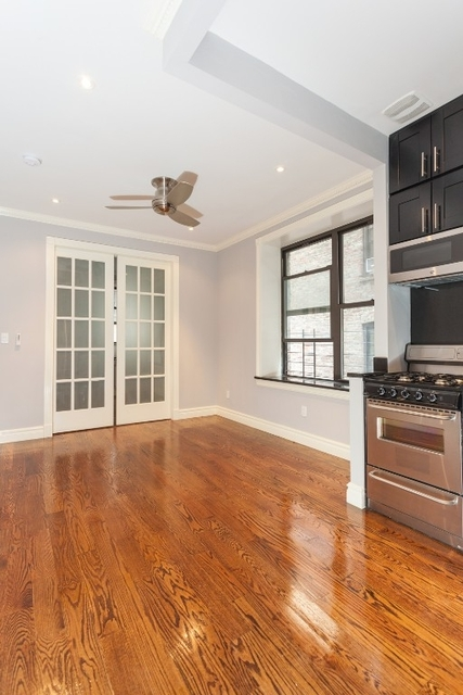 2 Bedrooms, West Village Rental in NYC for $5,895 - Photo 2