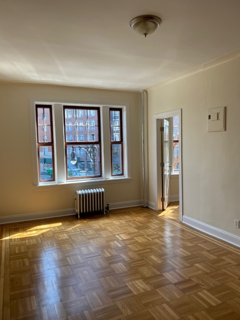 2 Bedrooms, West Village Rental in NYC for $4,263 - Photo 1