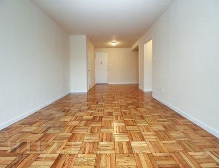 1 Bedroom, Jackson Heights Rental in NYC for $1,925 - Photo 2