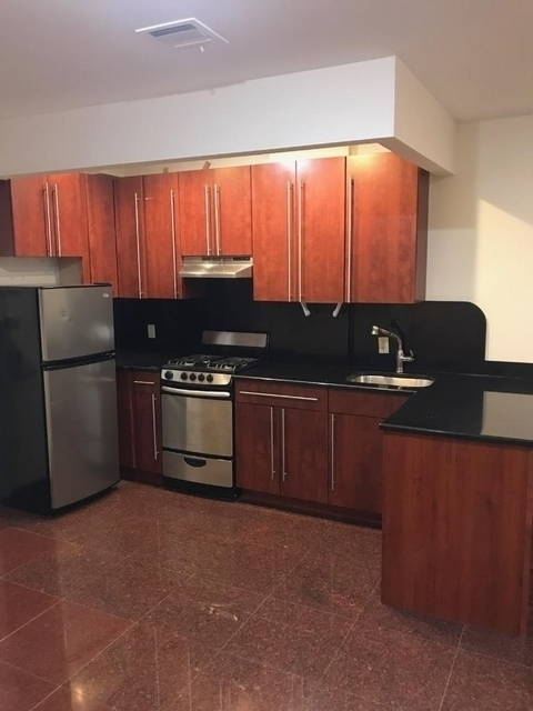 2 Bedrooms, Astoria Rental in NYC for $3,100 - Photo 1