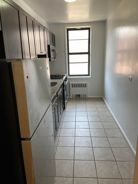 1 Bedroom, Rego Park Rental in NYC for $2,000 - Photo 2