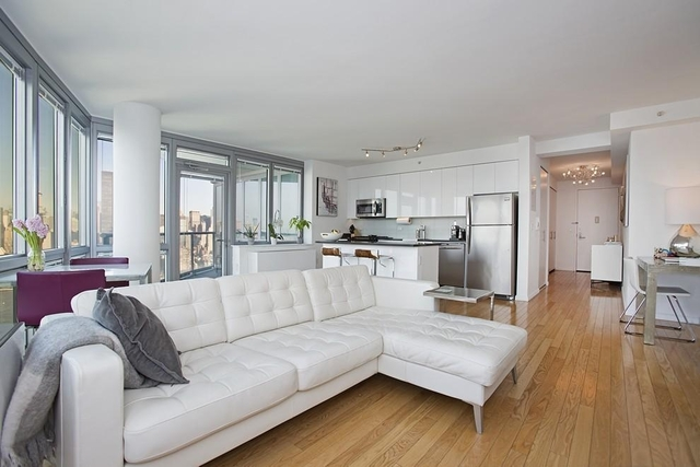 2 Bedrooms, Hunters Point Rental in NYC for $3,890 - Photo 2