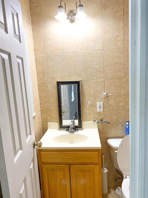 2 Bedrooms, Bushwick Rental in NYC for $2,245 - Photo 2