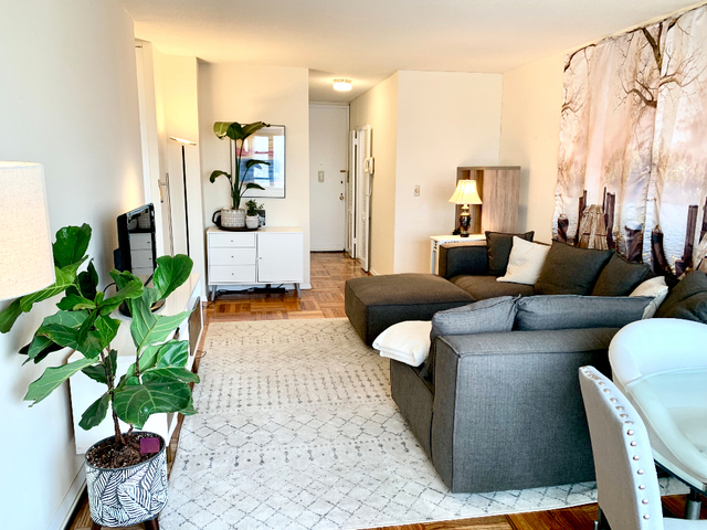 1 Bedroom, Lincoln Square Rental in NYC for $3,650 - Photo 2