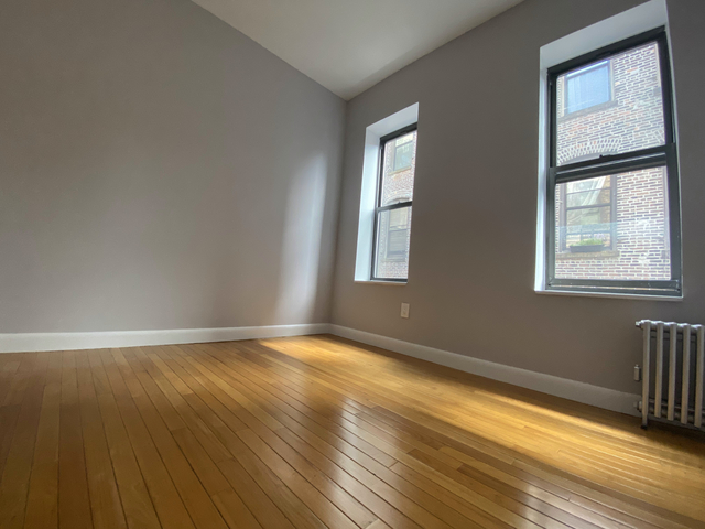 2 Bedrooms, Chelsea Rental in NYC for $3,515 - Photo 2