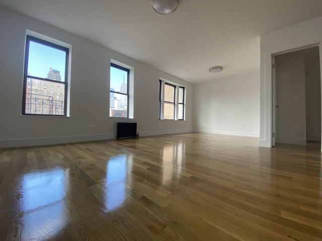 3 Bedrooms, Chelsea Rental in NYC for $6,687 - Photo 1
