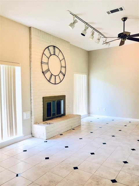 4 Bedrooms, Williams Grant Rental in Houston for $2,170 - Photo 1