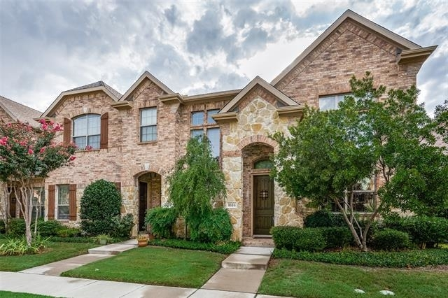 3 Bedrooms, Pasquinellis Willow Crest Rental in Dallas for $2,400 - Photo 2