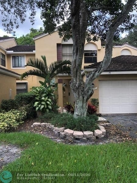 3 Bedrooms, Chelsea Rental in Miami, FL for $2,000 - Photo 1