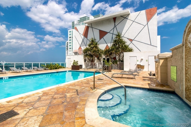 1 Bedroom, Downtown Miami Rental in Miami, FL for $1,600 - Photo 2