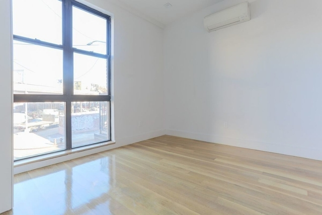 2 Bedrooms, Williamsburg Rental in NYC for $3,200 - Photo 2