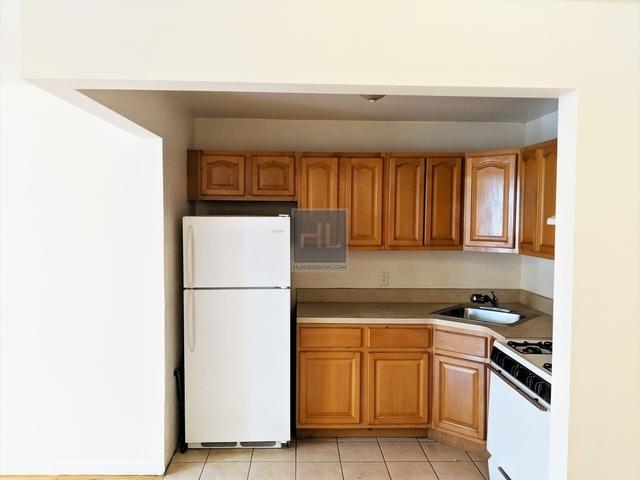 3 Bedrooms, Weeksville Rental in NYC for $2,300 - Photo 2