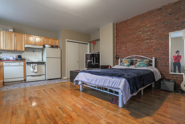 Studio, Long Island City Rental in NYC for $1,750 - Photo 1