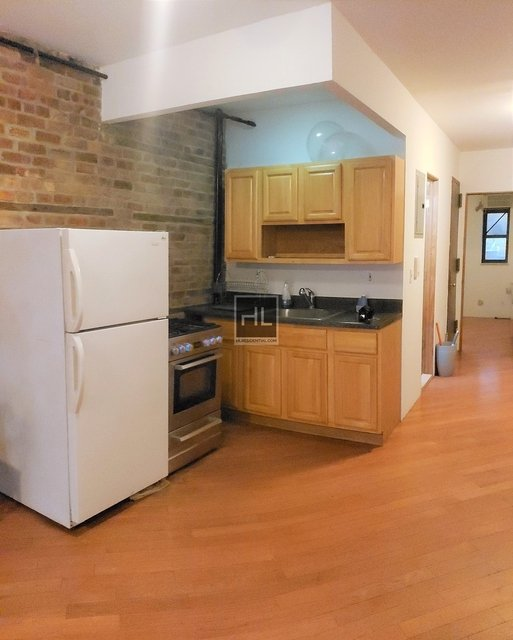 3 Bedrooms, Garment District Rental in NYC for $3,000 - Photo 1