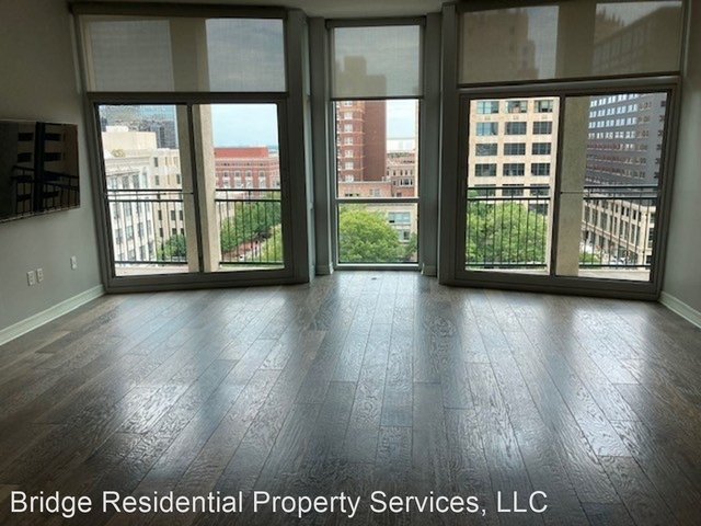 2 Bedrooms, Downtown Fort Worth Rental in Dallas for $2,295 - Photo 1