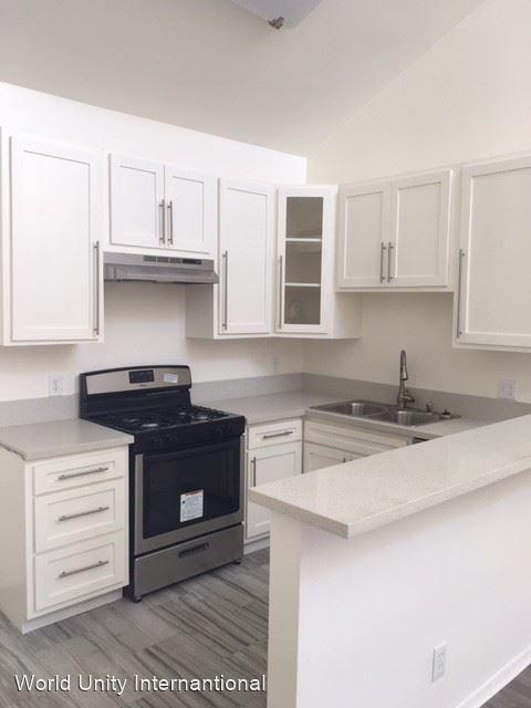 2 Bedrooms, Sherman Oaks Rental in Los Angeles, CA for $2,250 - Photo 1