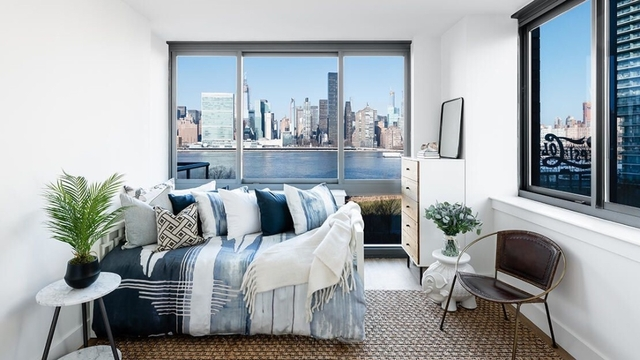 2 Bedrooms, Hunters Point Rental in NYC for $3,812 - Photo 2