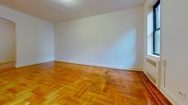 1 Bedroom, Sunnyside Rental in NYC for $2,335 - Photo 2