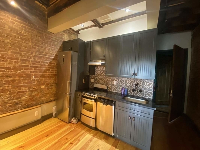 3 Bedrooms, Crown Heights Rental in NYC for $3,800 - Photo 1