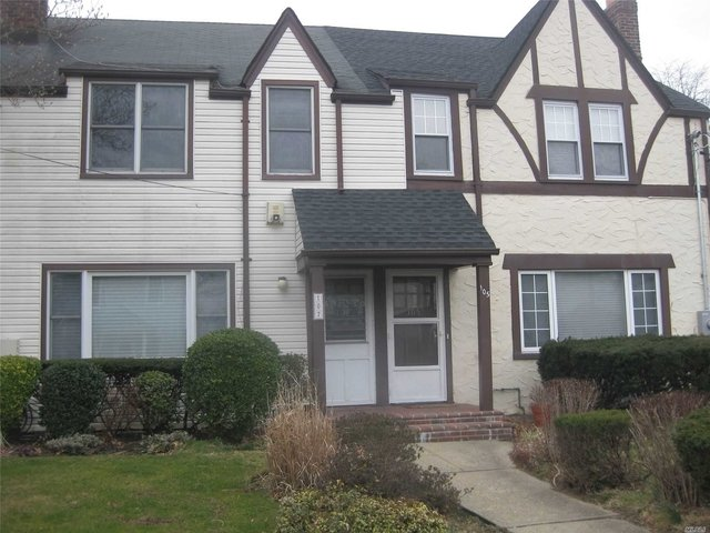 3 Bedrooms, Roslyn Heights Rental in Long Island, NY for $2,900 - Photo 1