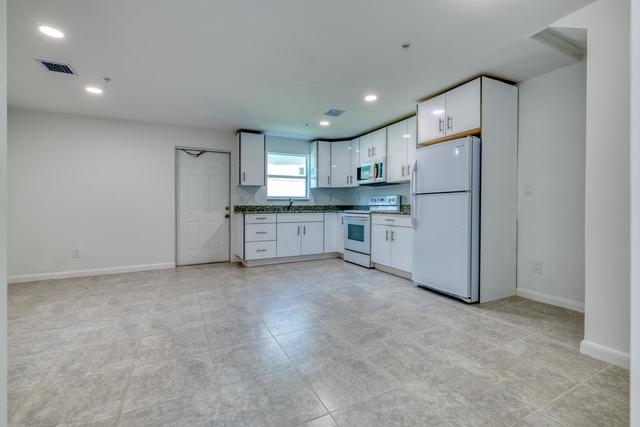 1 Bedroom, Hope Rental in Miami, FL for $1,200 - Photo 2