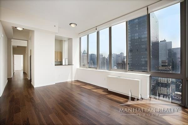 2 Bedrooms, Hell's Kitchen Rental in NYC for $4,833 - Photo 1