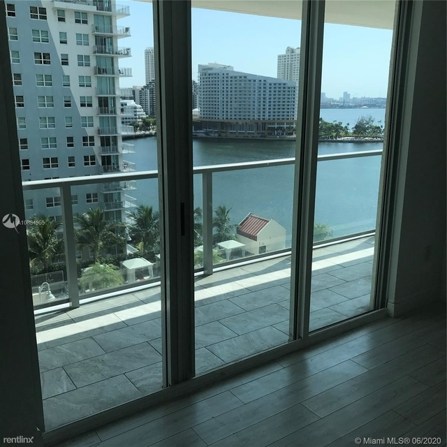 3 Bedrooms, Miami Financial District Rental in Miami, FL for $3,100 - Photo 1