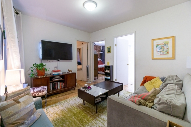 3 Bedrooms, Gramercy Park Rental in NYC for $3,475 - Photo 2