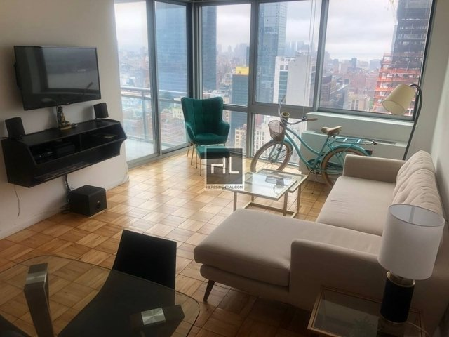 1 Bedroom, Hell's Kitchen Rental in NYC for $3,900 - Photo 1