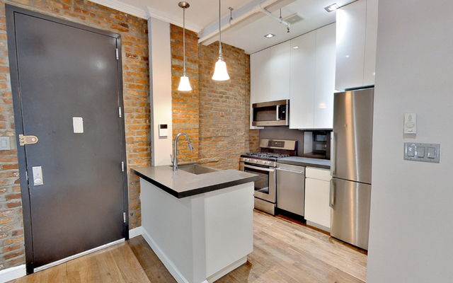 4 Bedrooms, Lower East Side Rental in NYC for $6,218 - Photo 2
