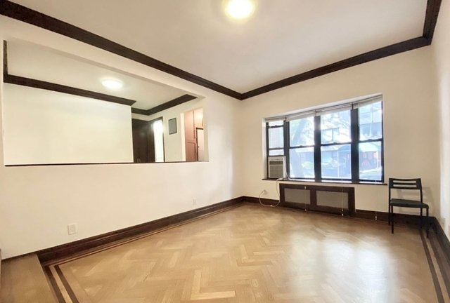 1 Bedroom, Turtle Bay Rental in NYC for $2,062 - Photo 2