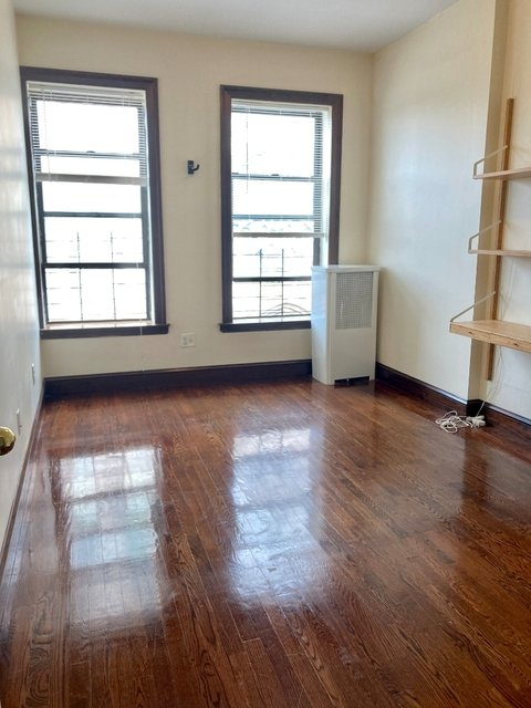 2 Bedrooms, West Village Rental in NYC for $3,995 - Photo 2