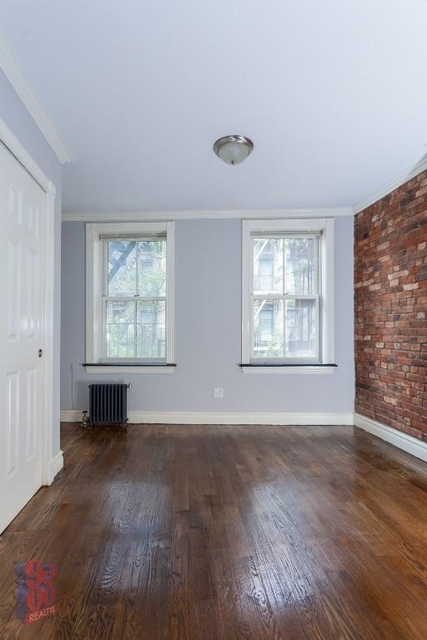 1 Bedroom, West Village Rental in NYC for $2,912 - Photo 2