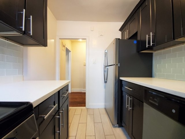 1 Bedroom, Sunnyside Rental in NYC for $2,046 - Photo 2