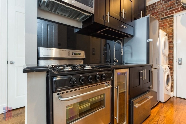 4 Bedrooms, Alphabet City Rental in NYC for $6,295 - Photo 2