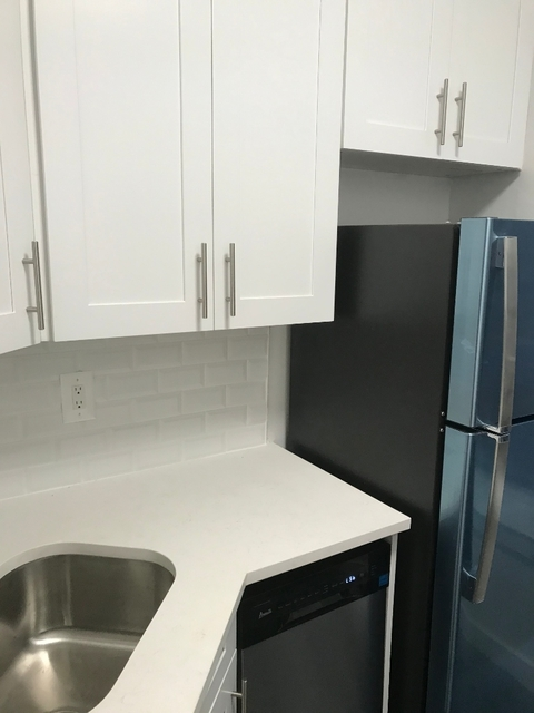 2 Bedrooms, East Midwood Rental in NYC for $2,150 - Photo 2