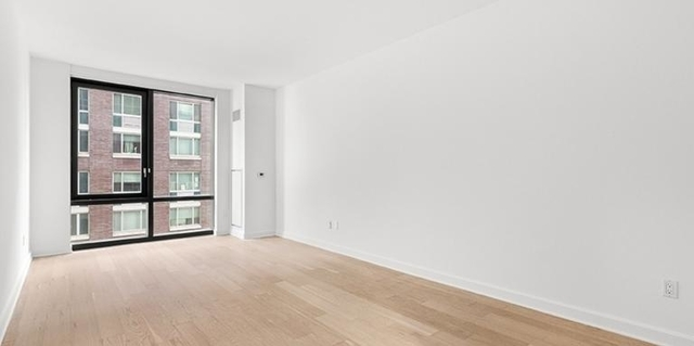 Studio, Lincoln Square Rental in NYC for $2,692 - Photo 2