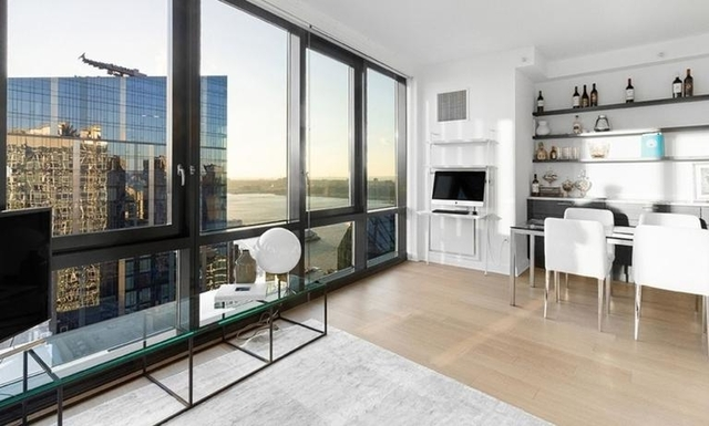 3 Bedrooms, Lincoln Square Rental in NYC for $7,469 - Photo 1
