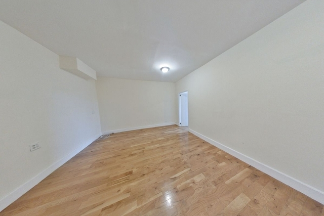 2 Bedrooms, Bushwick Rental in NYC for $2,099 - Photo 2